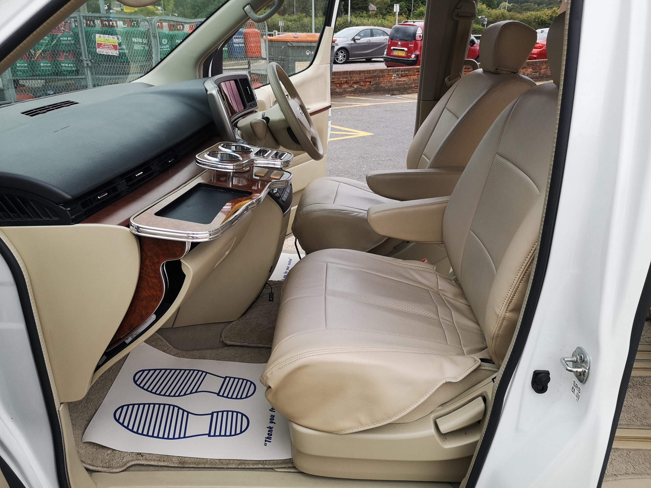 NISSAN ELGRAND VG 3.5 V6 PETROL 2005(55) BIMTA WARRANTED MILEAGE