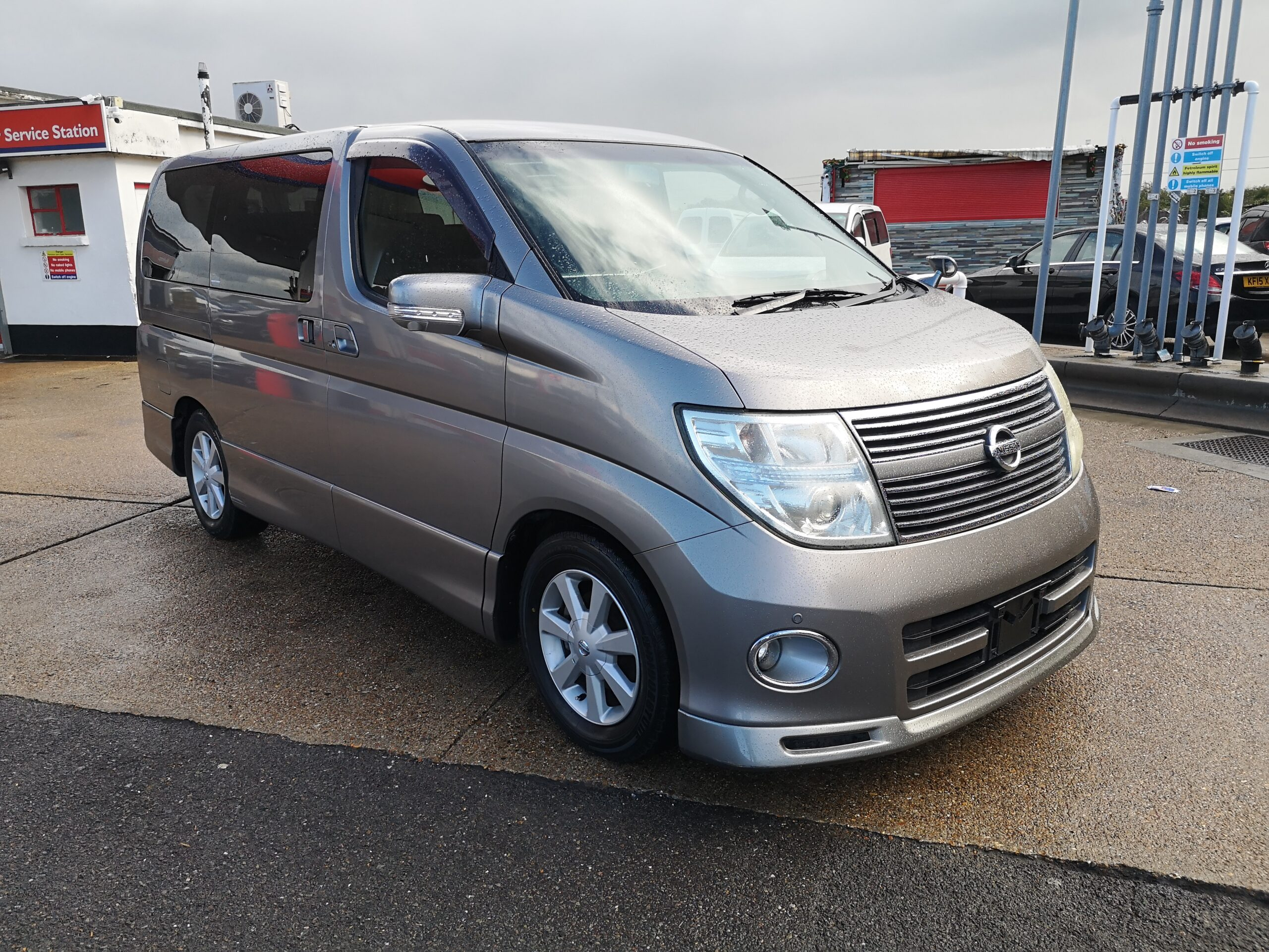 NISSAN ELGRAND HIGHWAY STAR 3.5 V6 2009(09) 360 CAMERA,HEATED LEATHER SEATS