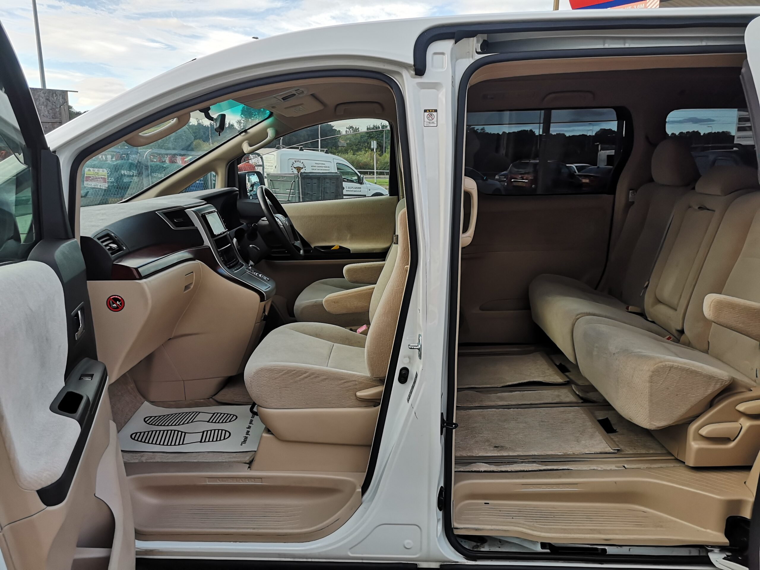 TOYOTA ALPHARD 2.4 PETROL FACE LIFT 2008(08) FINANCE AVAILABLE,8 SEATERS